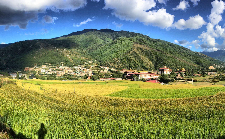 Traumreise Bhutan Trekking Himalaya Dzong Jomolhari