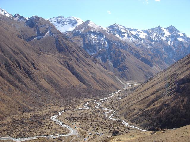 Traumreise Bhutan Trekking Himalaya Jomolhari Wandern Gebirge Yeti Yaks