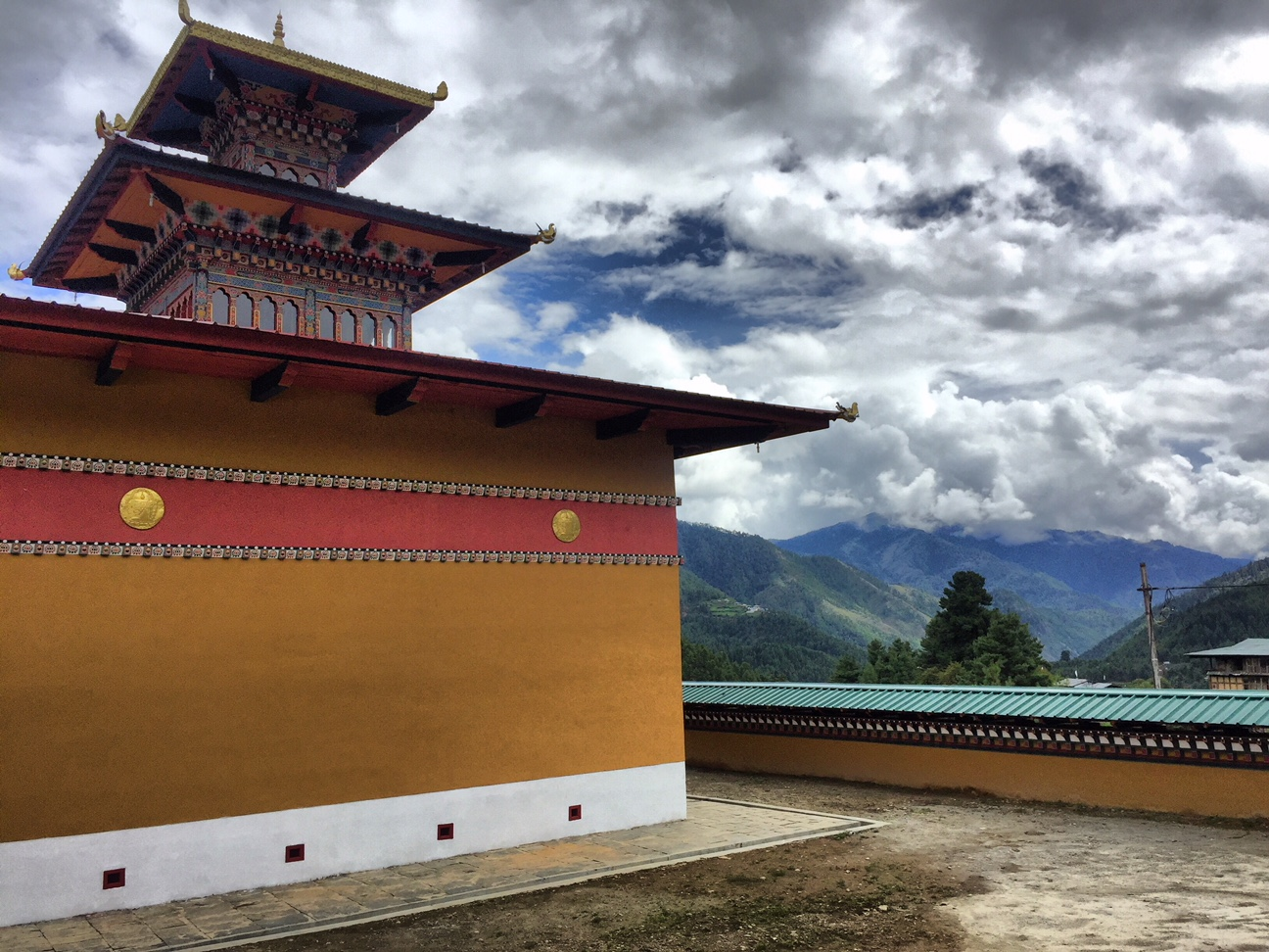 Traumreise Bhutan Trekking Himalaya Jomolhari Wandern Gebirge Westen Haa