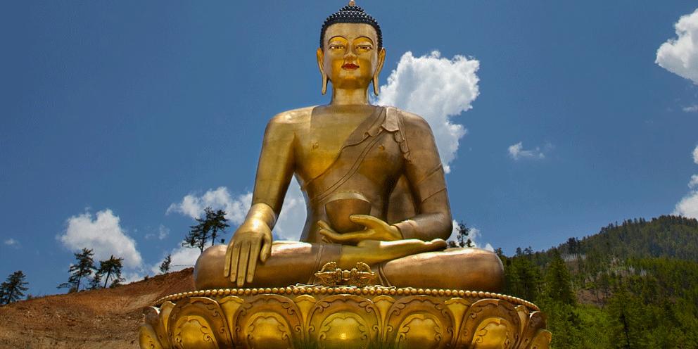 goldene riesige statue buddha thimphu