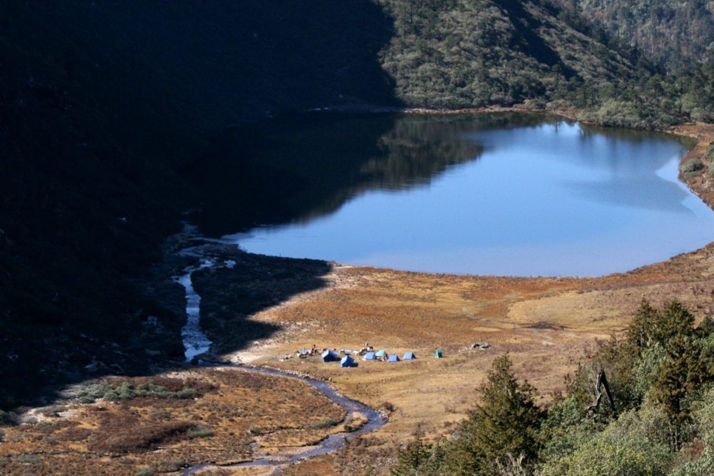 Bergsee Himalaya Bhutan Traumreise